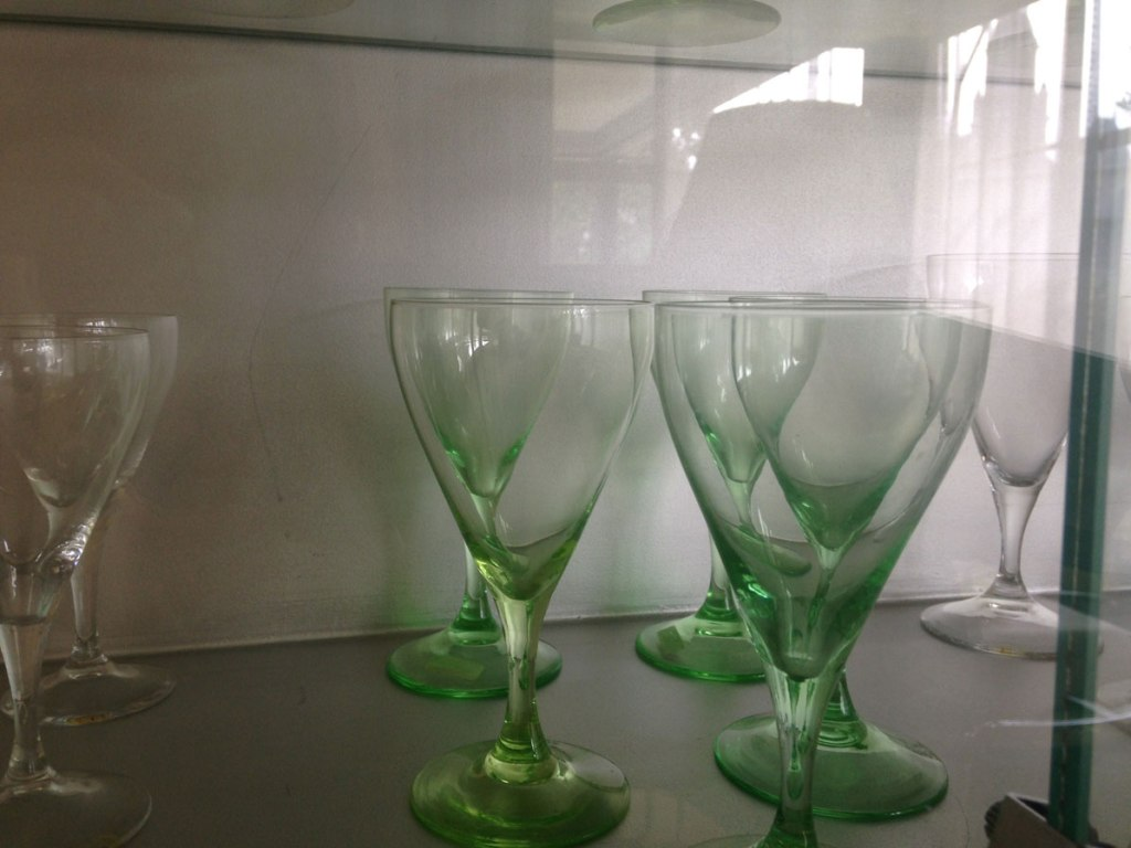 dining room glasswear