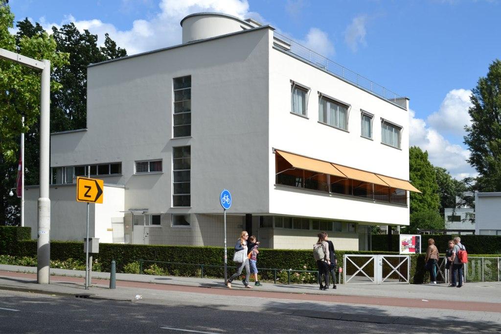 sonneveld-front-corner-2
